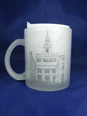 Bergse thee mok, mat glas